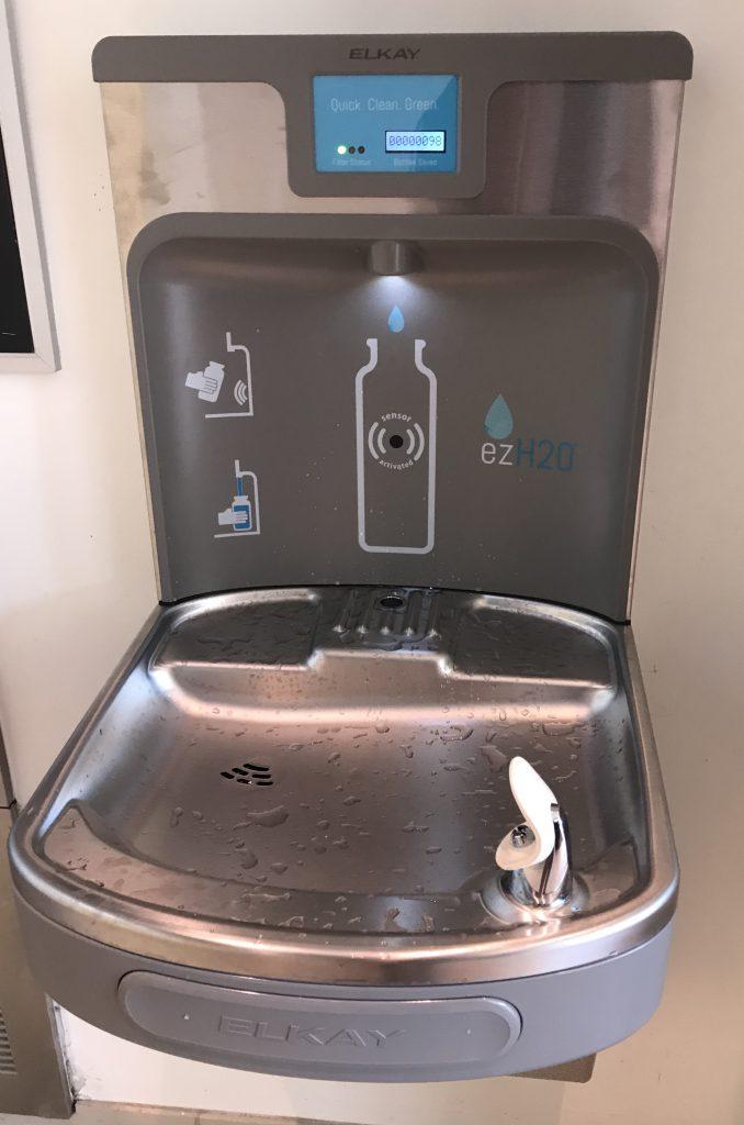 The+new+water+bottle+filler+%7C+by+Juliana+Freeman
