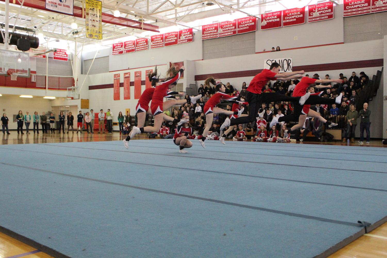 The+cheerleaders+perform+%7C+by+Veronica+Mildish
