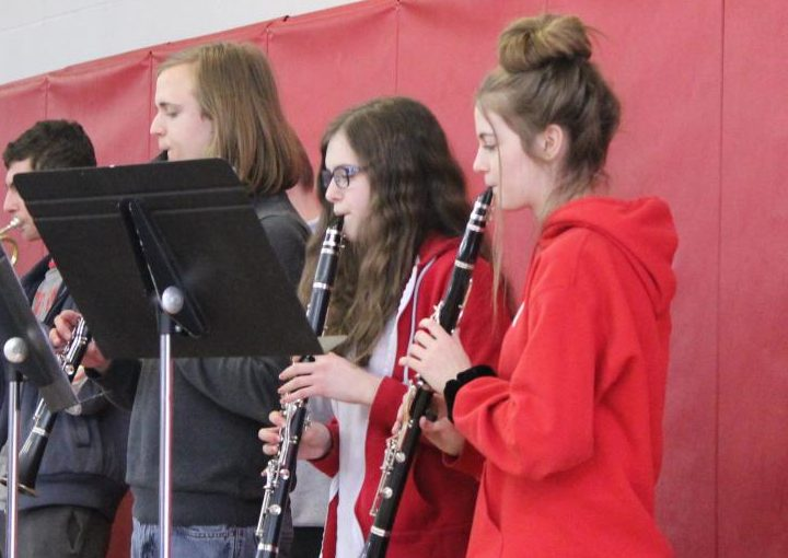 The+clarinets+perform+%7C+by+Veronica+Mildish