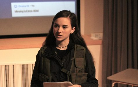 Olivia Vaccari presenting her project |by Victoria Mier
