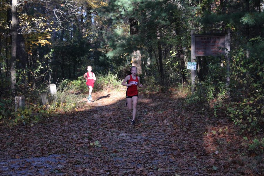 Abbey gets second place in the race getting a 20:22.
