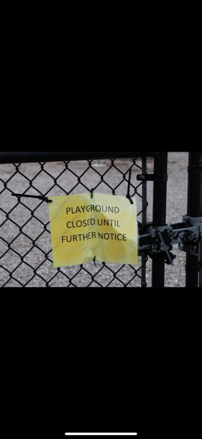 Sign is posted to notify parents and children that recreational parks are closed |by Brianna Devlin